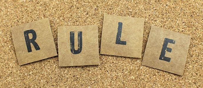 RULE(ルール)と書かれた紙